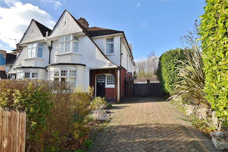 4 Bedrooms Semi Detached House for sale in Fitzjohn Avenue, High Barnet, Hertfordshire, EN5