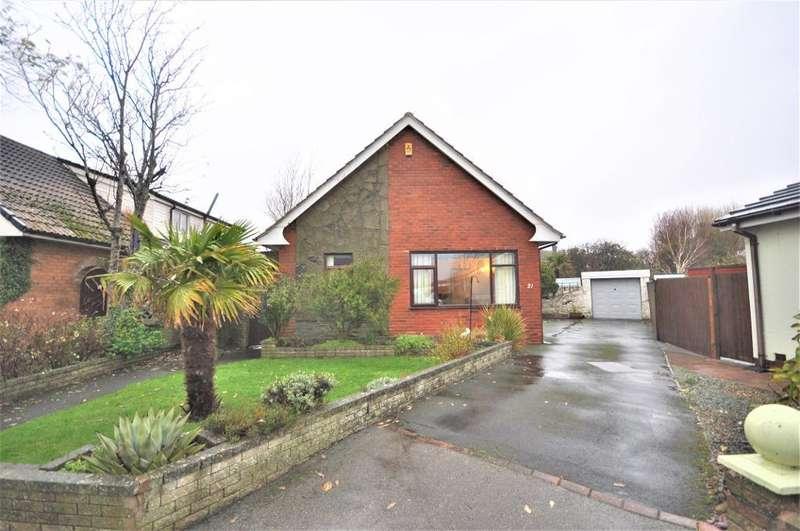 4 Bedrooms Detached House for sale in Bowland Avenue, Larkholme, Fleetwood, Lancashire, FY7 8QE