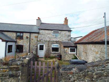 2 Bedrooms Terraced House for sale in Pantyffrith, Berthddu, Rhosesmor, Mold, CH7