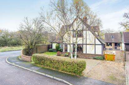 4 Bedrooms Detached House for sale in North Weald, Epping, Essex