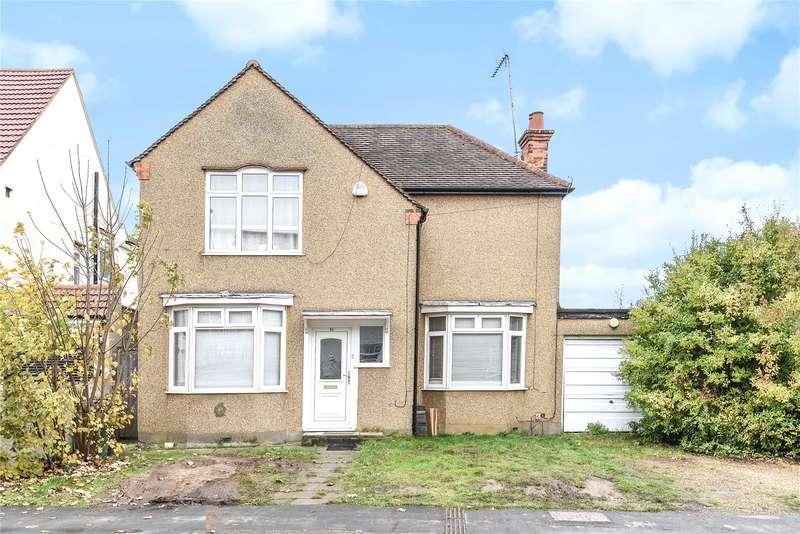 4 Bedrooms Detached House for sale in Hagden Lane, Watford, Hertfordshire, WD18