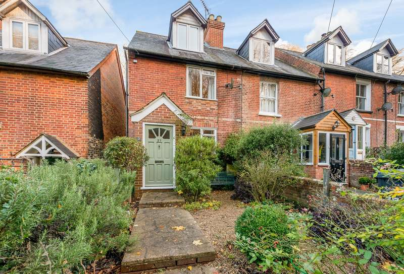 3 Bedrooms Terraced House for sale in Godalming