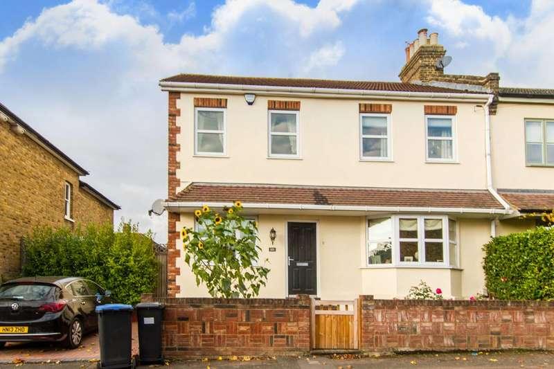 4 Bedrooms House for sale in Birkbeck Road, Enfield, EN2