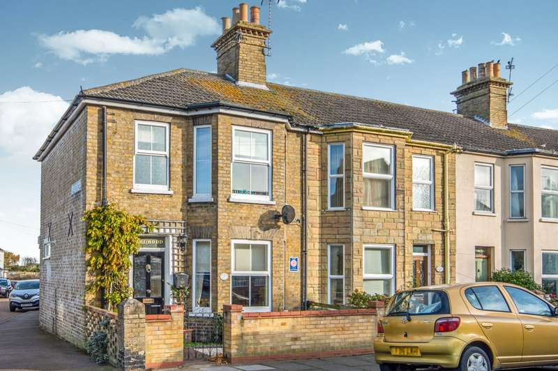 3 Bedrooms End Of Terrace House for rent in Florence Road, Lowestoft