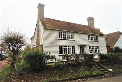 3 Bedrooms Detached House for rent in Northiam, East Sussex