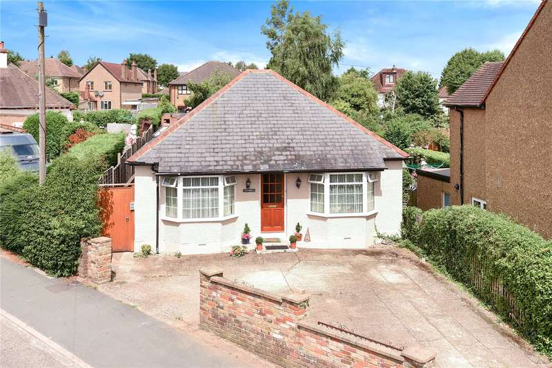 4 Bedrooms Detached Bungalow for sale in Nicol Road, Chalfont St. Peter, Gerrards Cross, Buckinghamshire, SL9