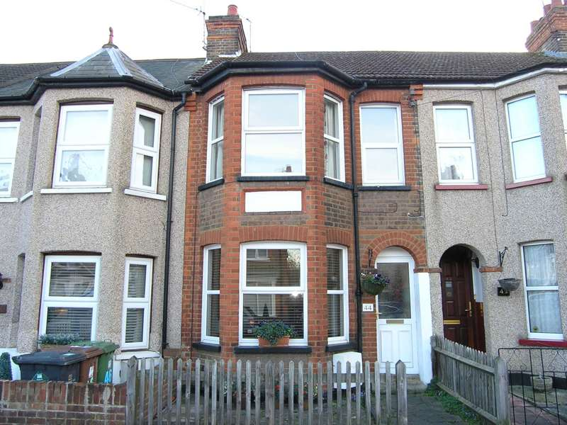 3 Bedrooms Terraced House for sale in Glencoe Road, Bushey Village