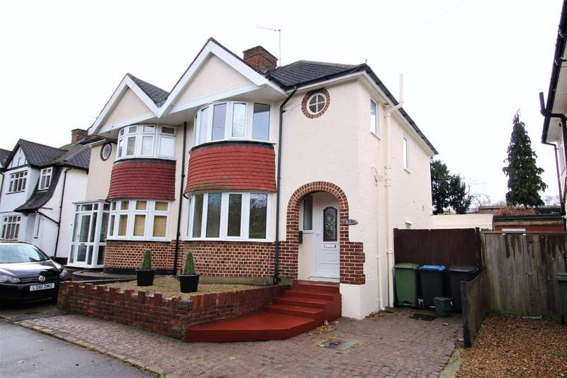 3 Bedrooms Semi Detached House for sale in Shendish, Kings Langley