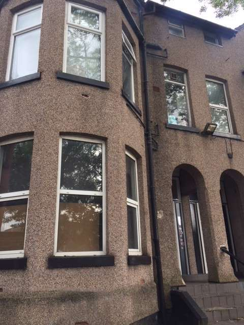 Studio Flat for sale in Apartment 3 52 Ash Tree Road, Manchester , M8