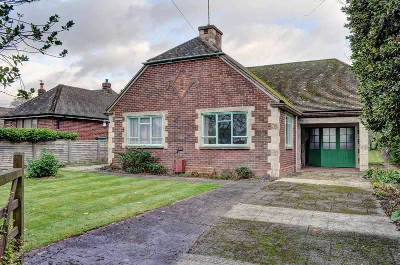 2 Bedrooms Detached House for sale in Askett