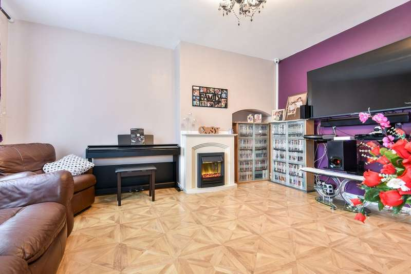 3 Bedrooms Semi Detached House for sale in Swallands Road, Catford, SE6