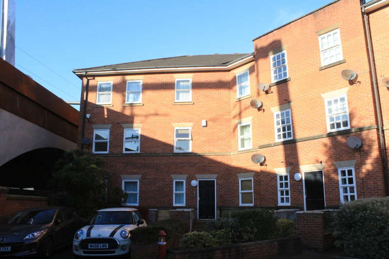 1 Bedroom Flat for sale in Liverpool Road, Manchester