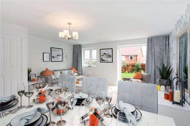 4 Bedrooms Semi Detached House for sale in Aldermaston Road, Basingstoke
