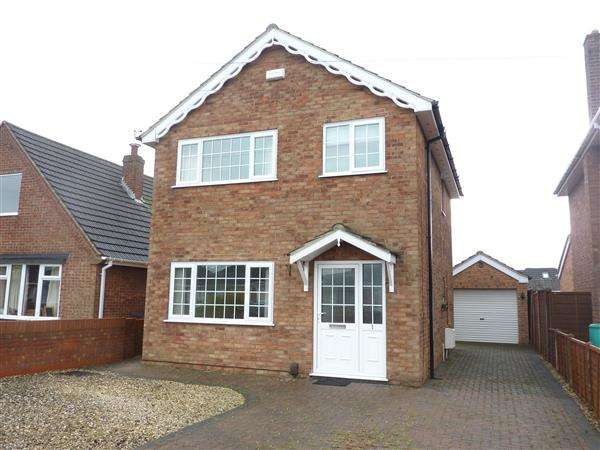 3 Bedrooms Detached House for sale in MORDAUNT AVENUE, SCARTHO, GRIMSBY