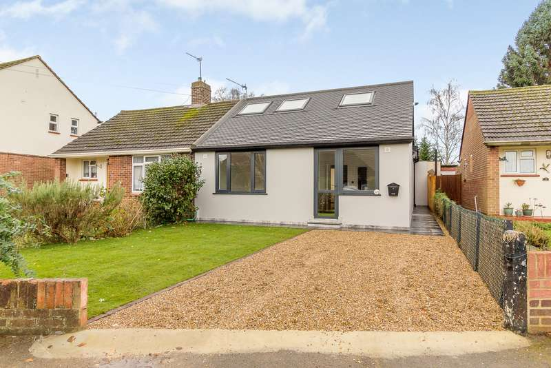 4 Bedrooms Bungalow for sale in New Haw