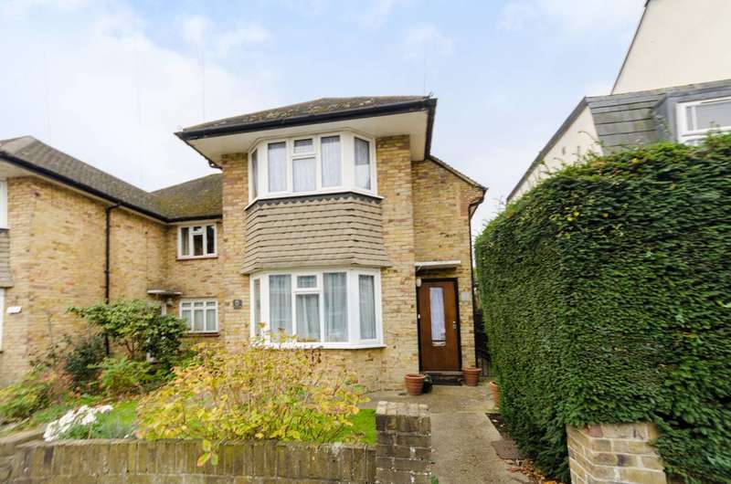2 Bedrooms Maisonette Flat for sale in Lime Grove, New Malden, KT3