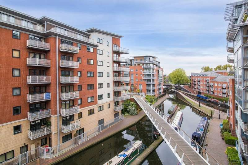 2 Bedrooms Flat for rent in King Edwards Wharf, Edgbaston, B16 8AB