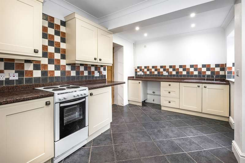3 Bedrooms Terraced House for sale in Pant Yr Heol, Briton Ferry, Neath