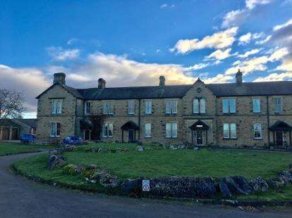 2 Bedrooms House for sale in Lunesdale Court, Hornby, Lancaster, LA2
