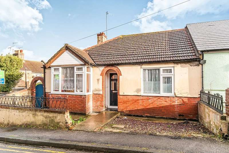3 Bedrooms Semi Detached Bungalow for sale in Upper Dumpton Park Road, Ramsgate, CT11