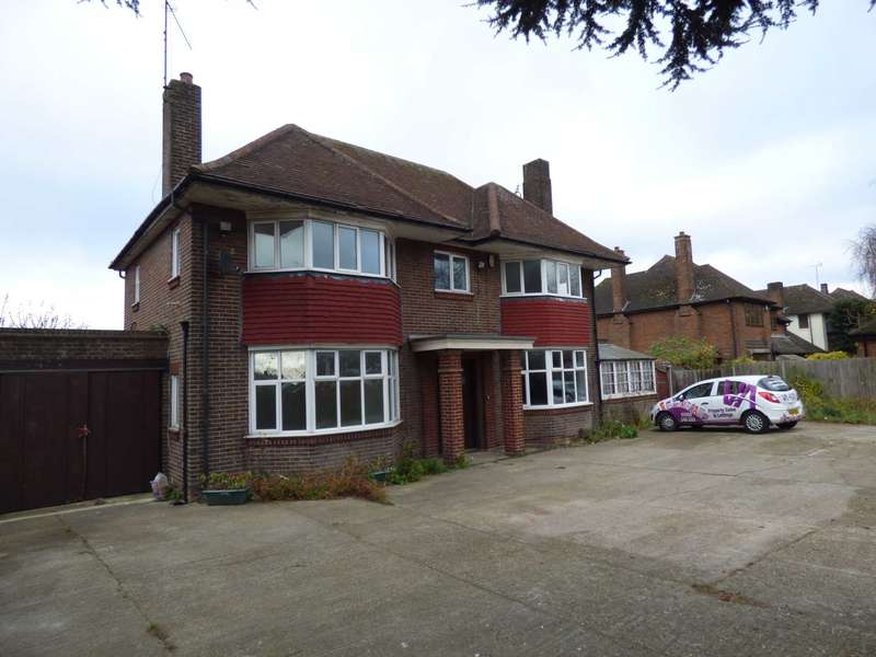 4 Bedrooms Detached House for rent in Dunstable Road, Leagrave/Dunstable Boarders