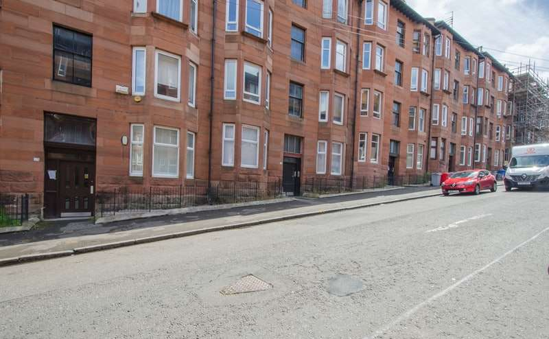 1 Bedroom Flat for sale in Aberfoyle Street, Glasgow, Lanarkshire, G31