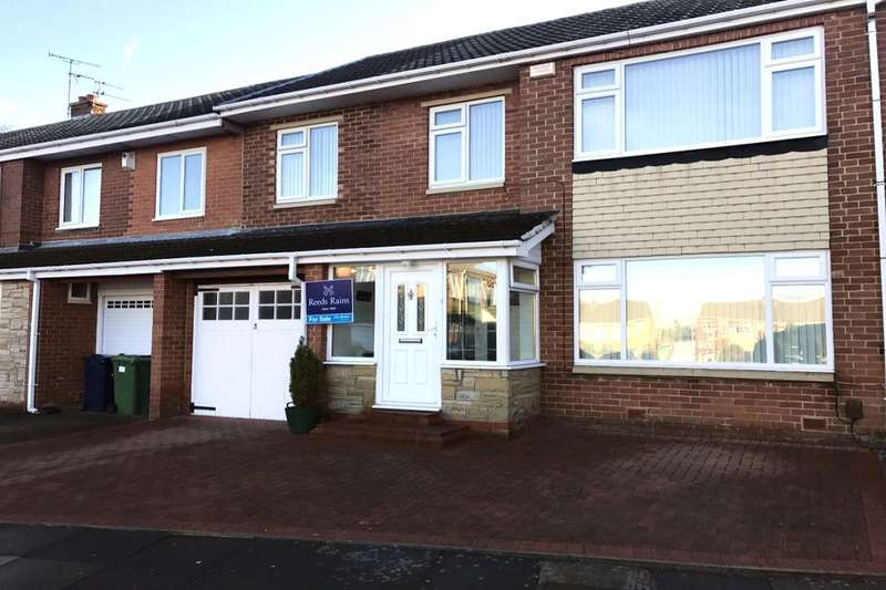 4 Bedrooms Property for sale in Burns Close, Whickham, Newcastle Upon Tyne, NE16