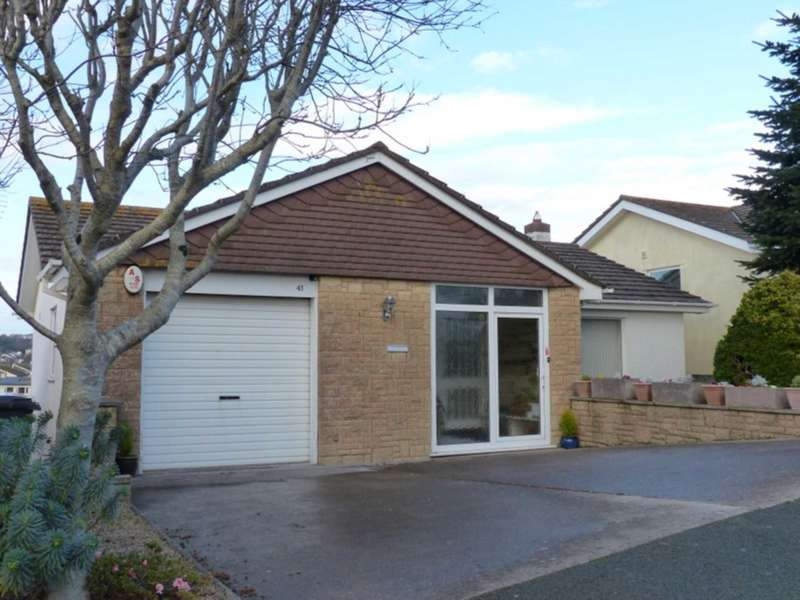 4 Bedrooms Detached House for sale in Lower Warren Road, Kingsbridge