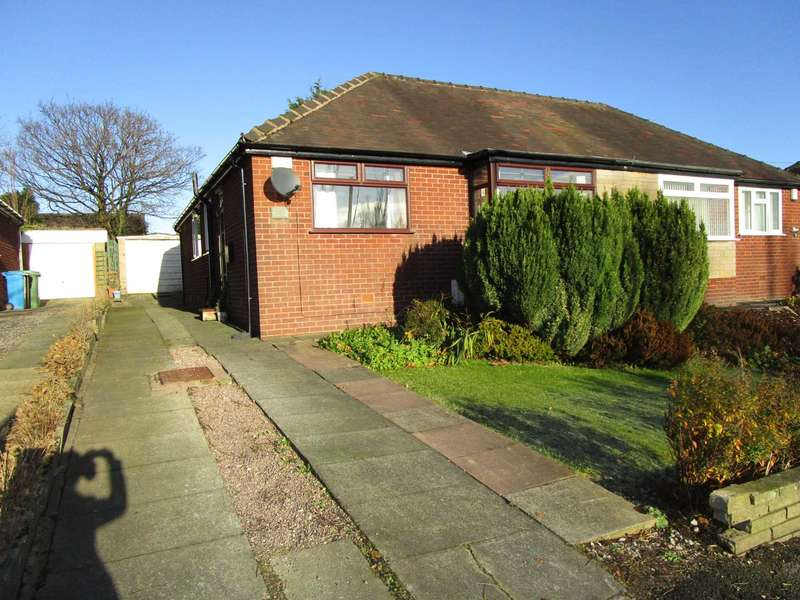 2 Bedrooms Semi Detached Bungalow for sale in Northdowns Road, High Crompton, Shaw