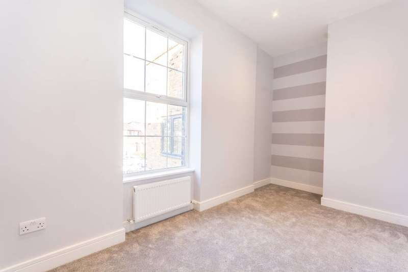 2 Bedrooms Flat for sale in Reeves Road, Bow, E3