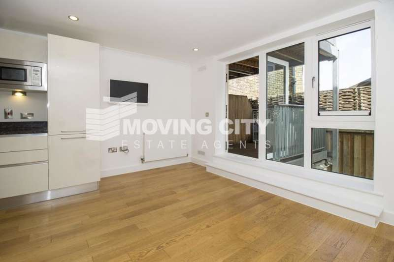 2 Bedrooms Apartment Flat for sale in Trinity Mews, Stepney Green, E1