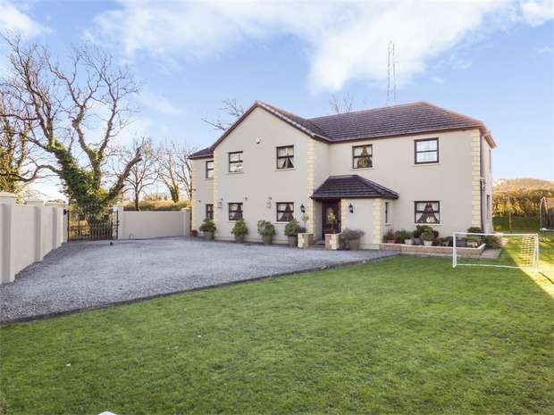 6 Bedrooms Detached House for sale in Laleston, Bridgend, Mid Glamorgan