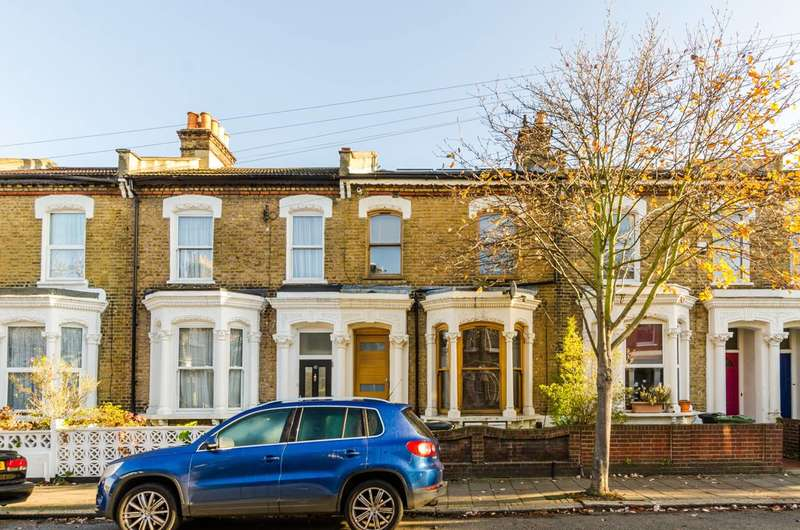 2 Bedrooms Flat for sale in Dalberg Road, Brixton, SW2