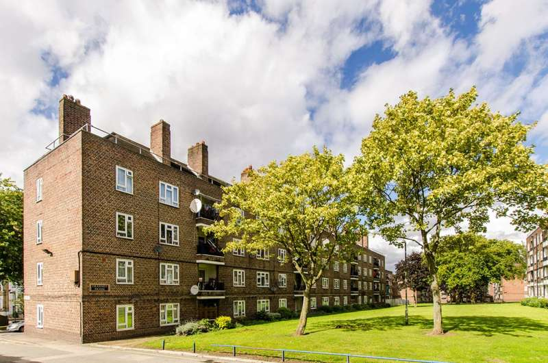 1 Bedroom Flat for sale in Dearmer House, Brixton, SW2