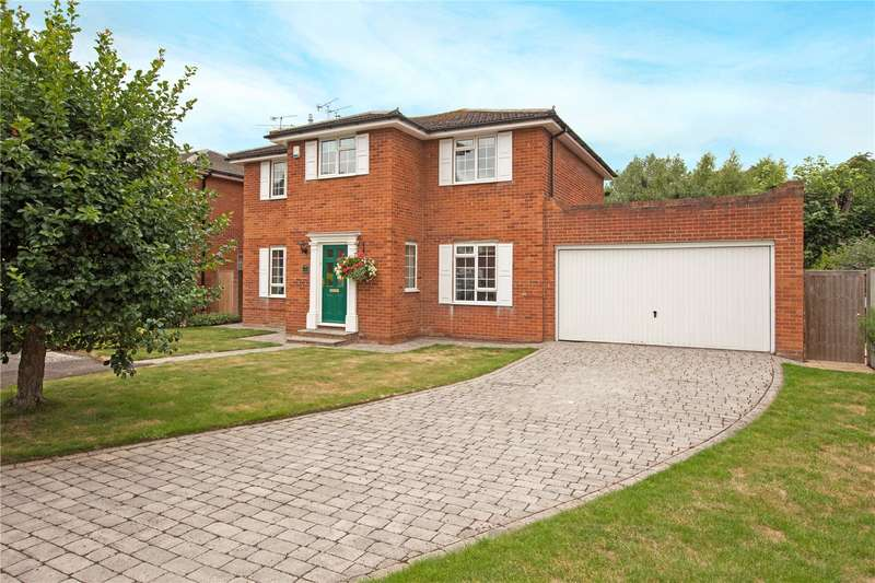 4 Bedrooms Detached House for sale in Silvertrees Drive, Maidenhead, Berkshire, SL6