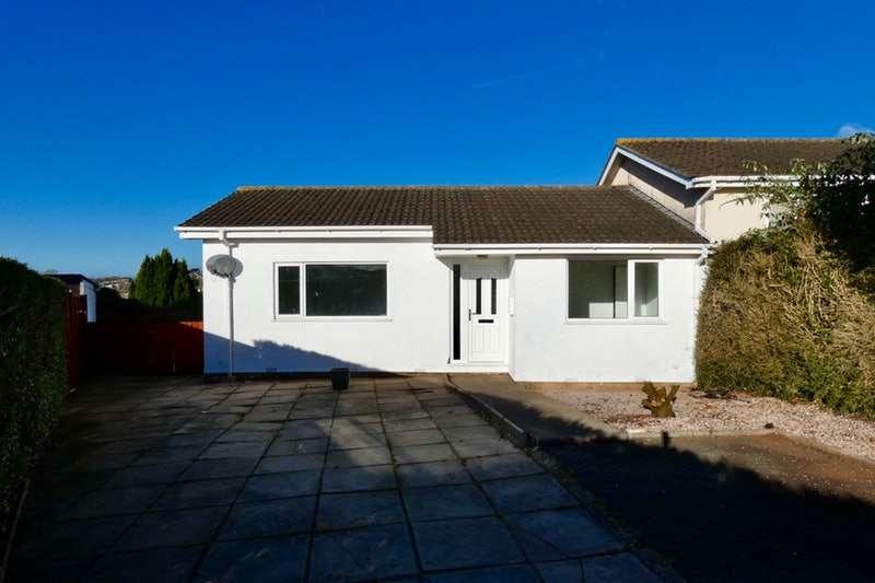 2 Bedrooms Bungalow for sale in Blake Close, Torquay, Devon, TQ1