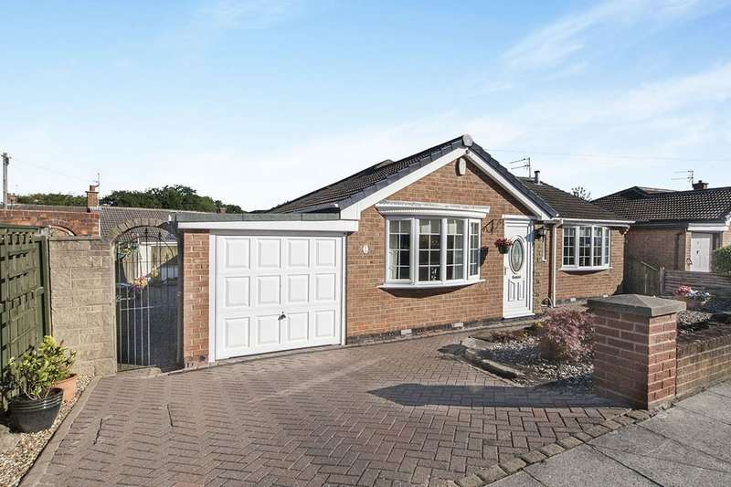 2 Bedrooms Detached Bungalow for sale in Woodlands Road, Normanby, Middlesbrough, TS6