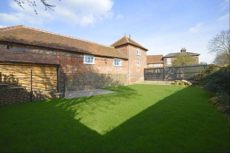 2 Bedrooms Detached House for rent in The Granary, Searchers Farm, Searches Lane, Bedmond, Abbots Langley, WD5