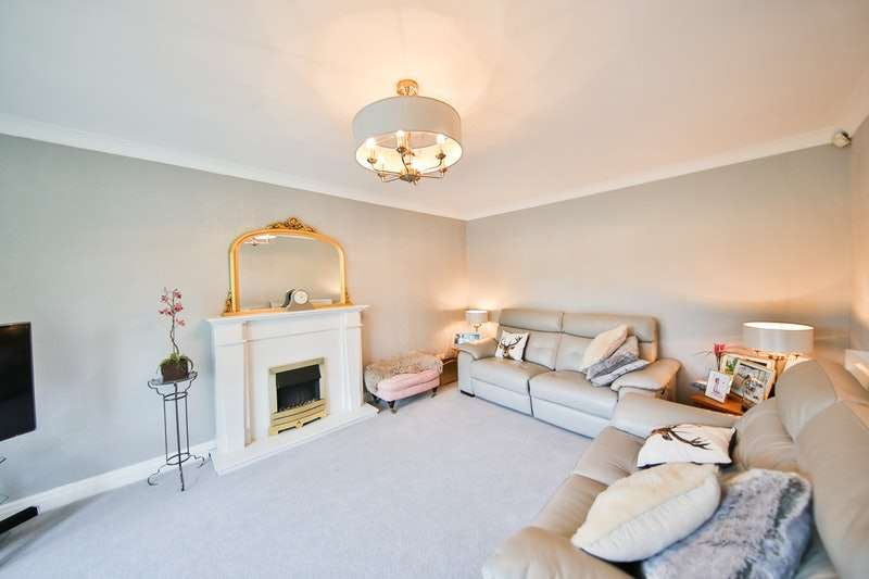 5 Bedrooms Detached House for sale in Goldcrest Drive, Cyncoed, Cardiff, Glamorgan, CF23