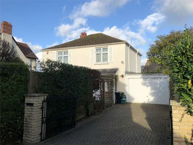 4 Bedrooms Detached House for sale in South Park, NEWPORT, Barnstaple, Devon