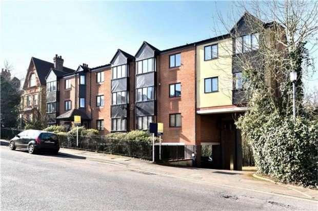 1 Bedroom Flat for sale in Granville Road, SEVENOAKS, Kent