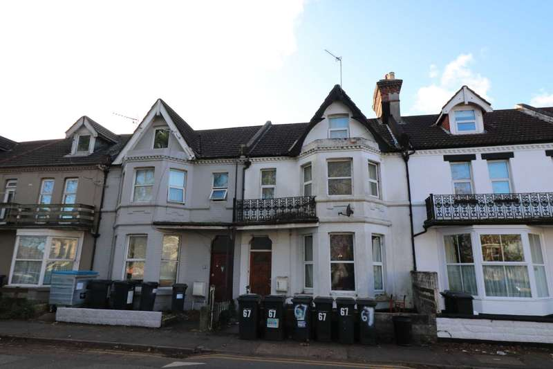 House Share for rent in Walpole Road, Boscombe