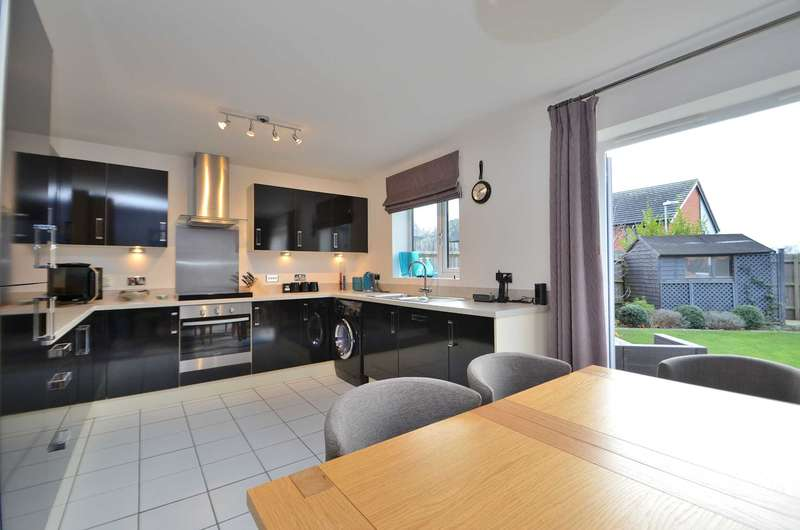 4 Bedrooms Semi Detached House for sale in Harley Drive, Walton