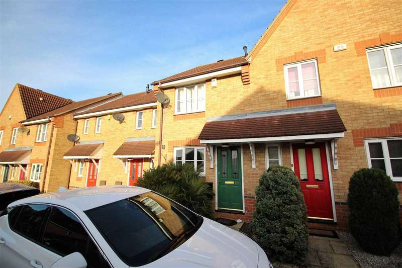 2 Bedrooms Terraced House for sale in Swiftsure Road, Chafford Hundred, Grays