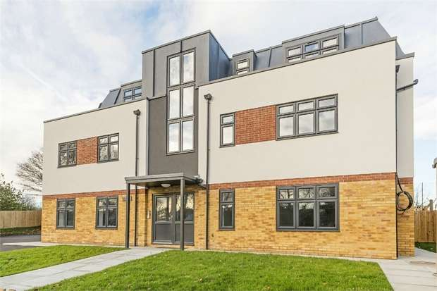 2 Bedrooms Flat for sale in Longmead Road, Epsom