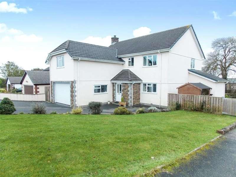 5 Bedrooms Detached House for sale in Dorset Park, Boyton, Launceston