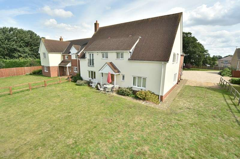 5 Bedrooms Detached House for sale in Parkview, Beck Row, Bury St. Edmunds