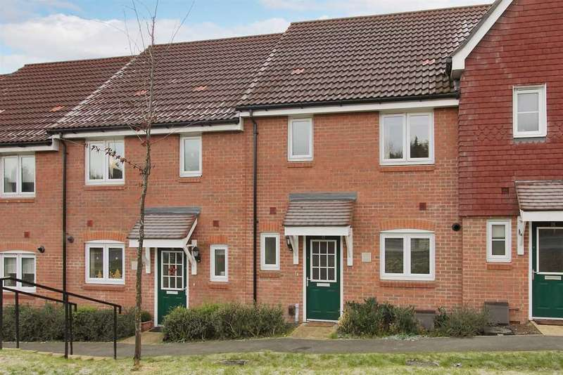 3 Bedrooms Terraced House for sale in Franklin Close, Tidworth