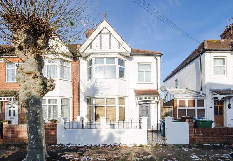 3 Bedrooms House for sale in Sumner Road, Harrow, HA1