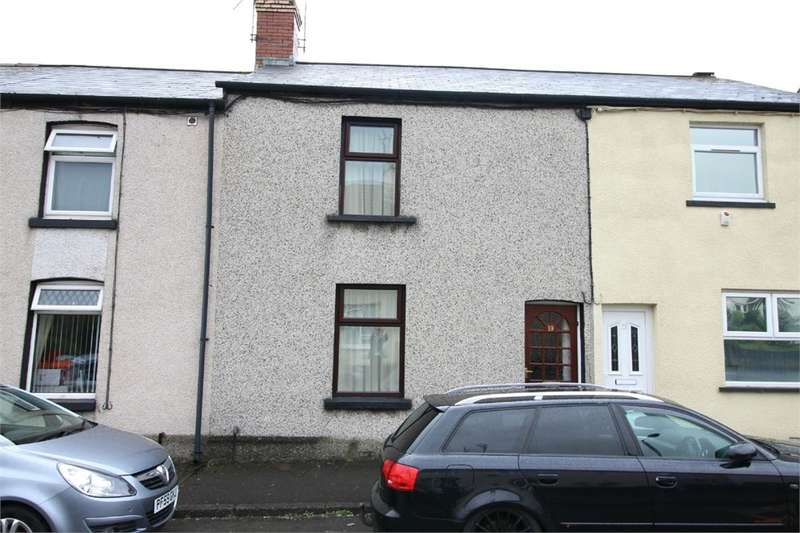 3 Bedrooms Terraced House for sale in Belle Vue Road, CWMBRAN, NP44